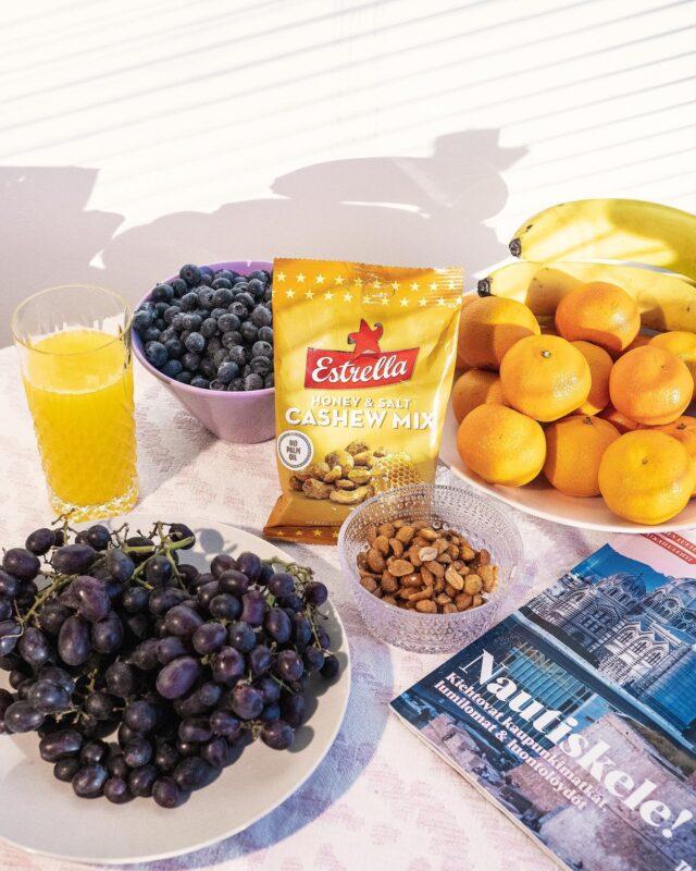 Pähkinät sopivat työ- ja vapaapäivien naposteluun kuin suolainen ja makea yhteen – eli täydellisesti! 😍🍯